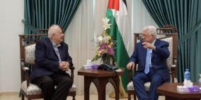 رئيس لجنة الانتخابات يقدم تقريرا للرئيس عباسحول ردود الفصائل