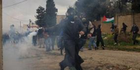 عشرات الاصابات جراء اعتداء الاحتلال على مسيرة كفر قدوم