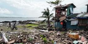 فيديو: اعصار يقتل 50  ويشرد 80 ألف فلبيني