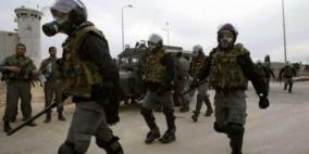 قوات القمع تقتحم مجدداً قسم (2) في ريمون وتُنكل بالأسرى