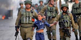 """الاحتلال ينقل 33 طفلا أسيرا من """"عوفر"""" إلى """"الدامون"""" دون ممثليهم"""