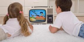 مشاهدة الشاشات صباحاً تعرض الأطفال لاضطرابات في النطق