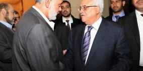 هنية يهاتف الرئيس: حماس تقف خلف مواقفكم الثابتة