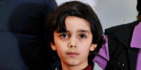 في السابعة من عمره ولوحاته تباع بآلاف الدولارات