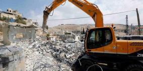 الاحتلال يهدم ثلاثة منازل في قرية الديوك