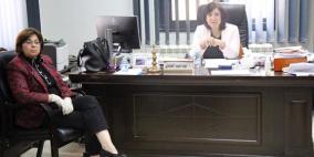 جمعية المرأة العاملة تجتمع لحماية النساء المعنفات