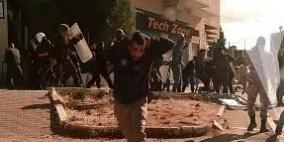 إصابتان خلال مناوشات بين مواطنين والأجهزة الأمنية بمخيم الدهيشة