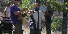 شرق رام الله.. مستوطنون يستولون على أراض