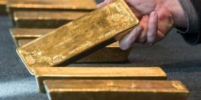 الذهب يهبط للجلسة الثانية على التوالي