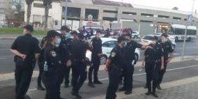 قوات من الشرطة تحاصر مقبرة الإسعاف بيافا