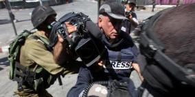 الاعلام: 76 انتهاكا احتلاليا بحق الصحفيين خلال الأشهر الثلاثة الماضية