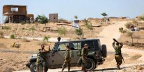 الاحتلال يعيق حركة المواطنين على مدخل قرية عين البيضا بالأغوار