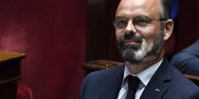 لحية رئيس وزراء فرنسا تتحوّل إلى رمزٍ لأزمة كورونا!