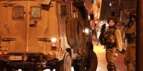 الاحتلال يصيب مواطنا بالرصاص ويدمر حاجزا للأمن الفلسطيني في جنين