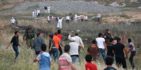 إصابات بجراح في عصيرة القبلية ومستوطنون يهاجمون القرية