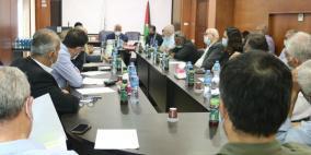 اجتماع حواري في منظمة التحرير لبحث شروط التمويل والشراكة الأوروبية