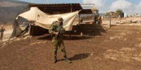 الاحتلال يخطر بإزالة خيمة سكنية في الأغوار