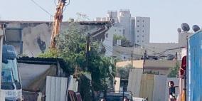 الشرطة الإسرائيلية تهدم منزلا عربيا في اللد