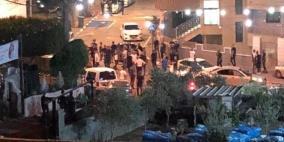 تواصل شجار بين عائلتين بالداخل واعتقال 21 شخصا