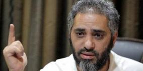 الحكم على المطرب فضل شاكر بالسجن مع الأشغال