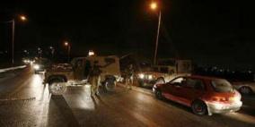 مستوطنون يعتدون على مواطن واغلاق حاجز زعترة
