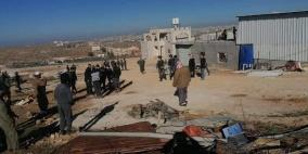 الاحتلال يهدم منزلا ومخزنين شرق يطا