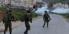 إصابة شاب وحالات الاختناق جراء قمع الاحتلال مسيرة كفر قدوم