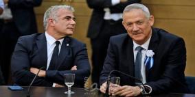 غانتس يغري لابيد برئاسة الوزراء إذا تحالفا مجددا