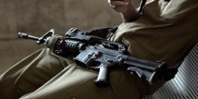 15 قطعة سلاح سرقت من منازل جنود إسرائيليين
