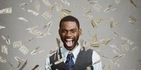 رجل أعمال يمنح جوائز بمليون دولار لمن يجيب عن سؤال واحد!