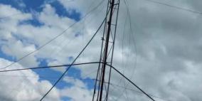 إزالة أبراج اتصالات إسرائيلية ممنوعة من العمل في رام الله