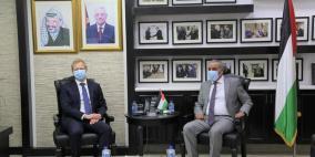 الشيخ يبحث مع المبعوث الأوروبي آخر المستجدات وإعمار غزة