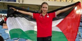 عداءة فلسطينية تحسن رقمها الشخصي وتودع الأولمبياد