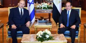 بالصور.. تفاصيل لقاء الرئيس السيسي مع رئيس حكومة الاحتلال