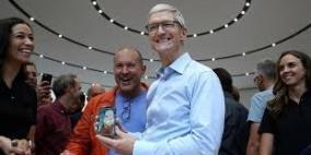 "آبل تخطط لإطلاق هاتف آي فون بشاشة ""OLED"" بقياس 6.3 إنش"