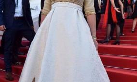 وزيرة اسرائيلية ترتدي فستانا طبع عليه صورة القدس
