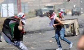 """اصابات بمواجهات مع الاحتلال قرب حاجز """"بيت ايل"""""""