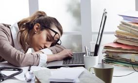 خبراء يحذّرون: 8 أشياء لا تفعلها وأنت مرهق