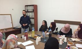 وزارة العمل تعقد ورشة عمل حول كتابة الخبر واسس العمل الصحفي