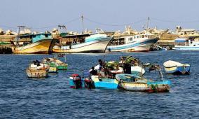 الاحتلال يقر تسهيلات جديدة على معابر وبحر غزة