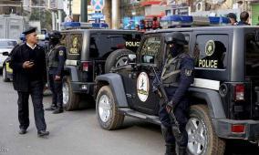 جريمة مروعة في مصر.. قتل والديه وفتح النار على المارة