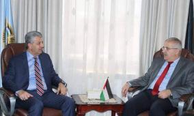 الوزير سالم: مصرون على الإرتقاء بجودة الخدمات المقدمة للمواطن
