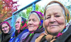 باحثون يكتشفون السر وراء العمر الطويل للمعمرين
