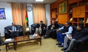 وكيل وزارة النقل والمواصلات يستقبل وفداً من جامعة الأمة