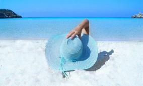 أطباء: الوقاية الآمنة من الشمس تحمي من سرطان الجلد