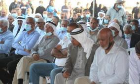 رفضاً للمصادرة..المئات يحتشدون في خربة الوطن