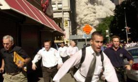 صاحب الصورة الشهيرة.. نجا من 11 سبتمبر  وخطفه كورونا!