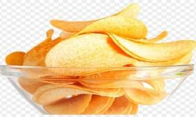 تعرف على طريقة تناول رقائق البطاطس دون الإضرار بالصحة !