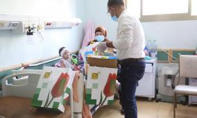 بنك القاهرة عمان يرعى حملة توزيع هدايا العيد على الأطفال