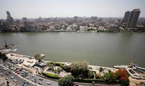 """مصر.. زوجان يعرضان طفلتهما للبيع عبر """"فيسبوك"""""""